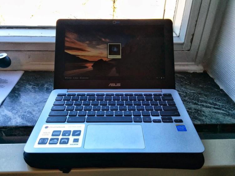 The ASUS Chromebook C200