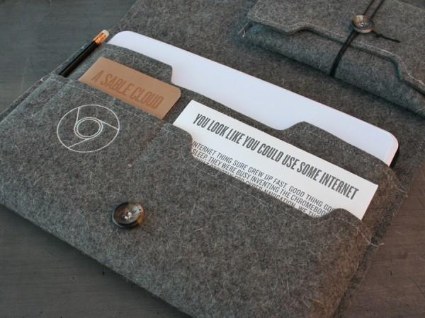 0001_StudioOnFire_Ace_Chromebook_felt_sleeve_interior-600x450